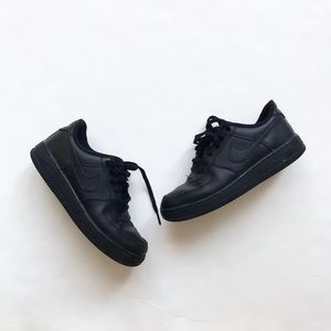 Nike black Air Force 1 sneakers VGUC size 3 youth